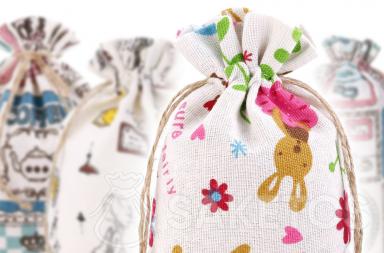 bolsas de lino en la cocina