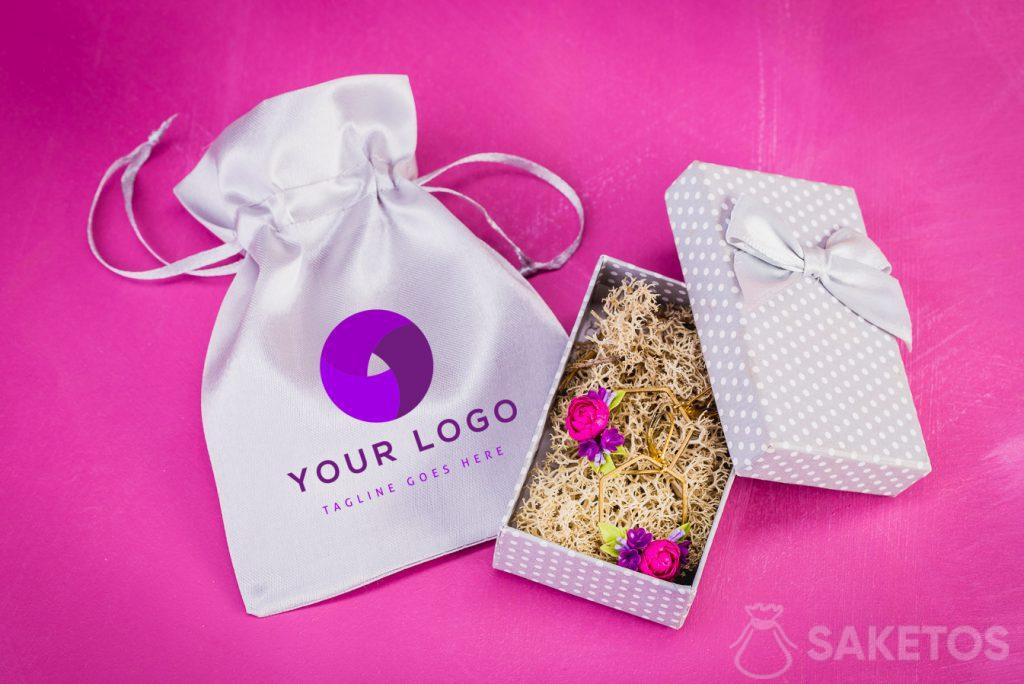 Bolsa de joyería con logotipo seleccionado.