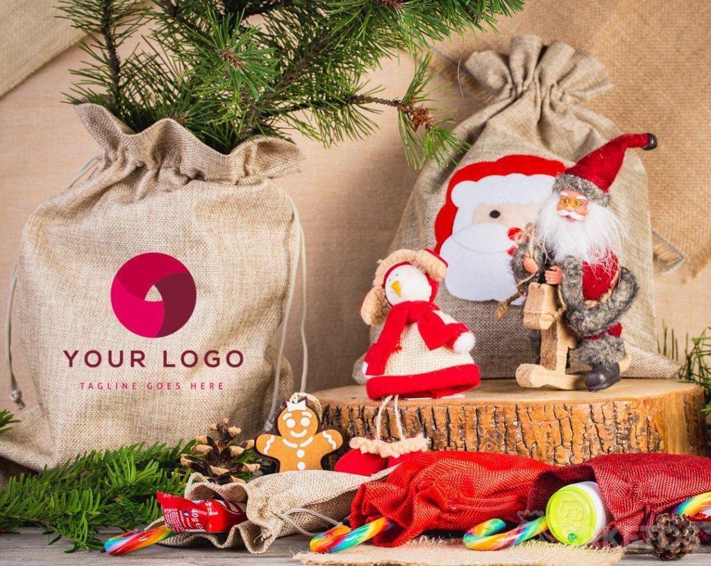 Bolsa navideña con el logotipo de tu empresa.