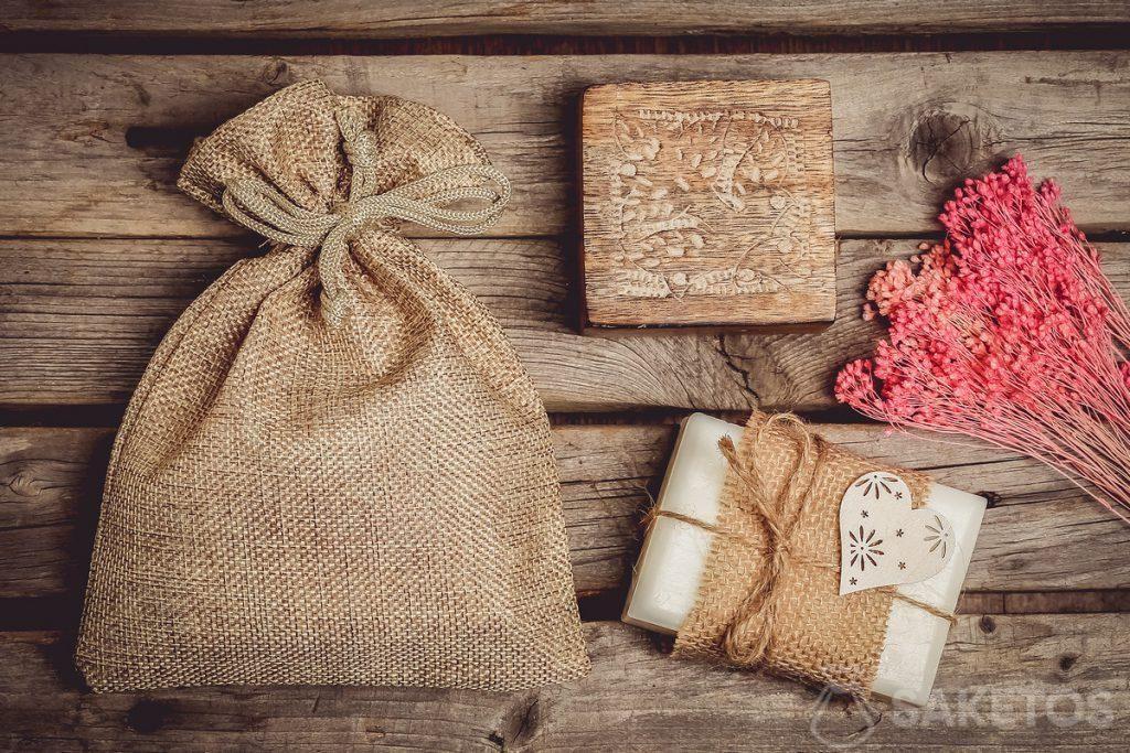 Bolsa de yute para cosméticos naturales, p.ej. jabón