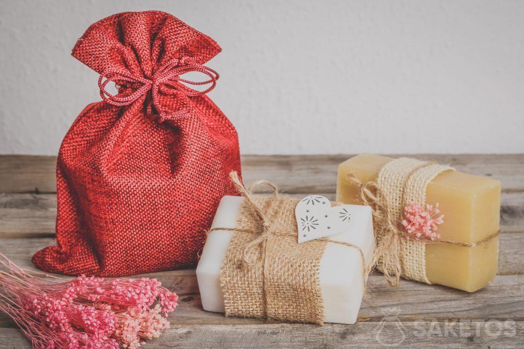 Embalaje de jabones naturales: bolsa de yute.