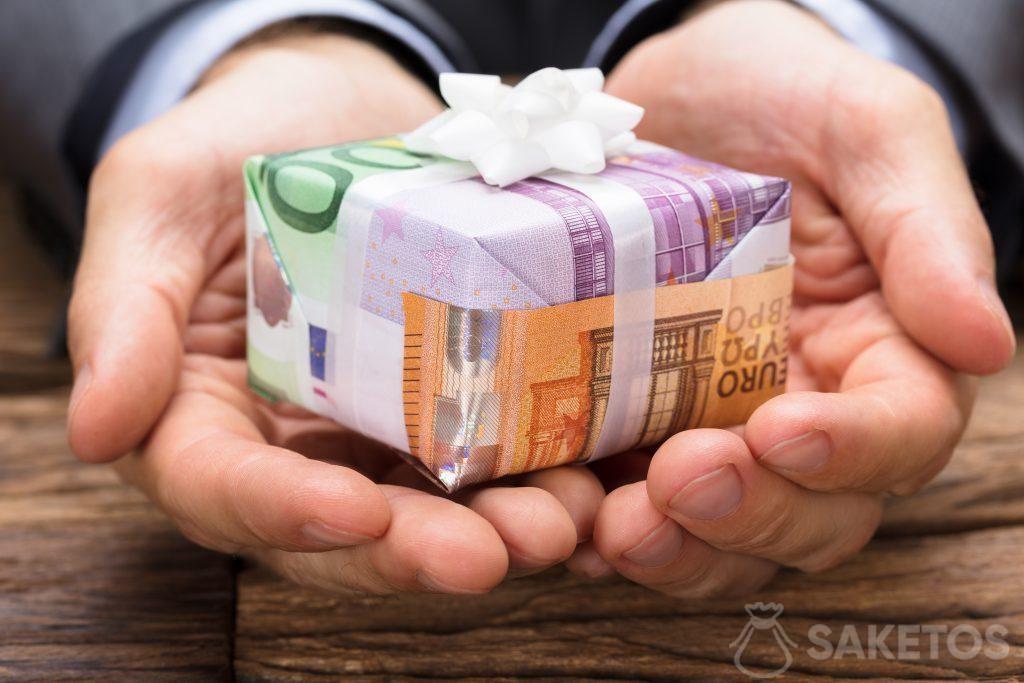 Billetes como papel de regalo