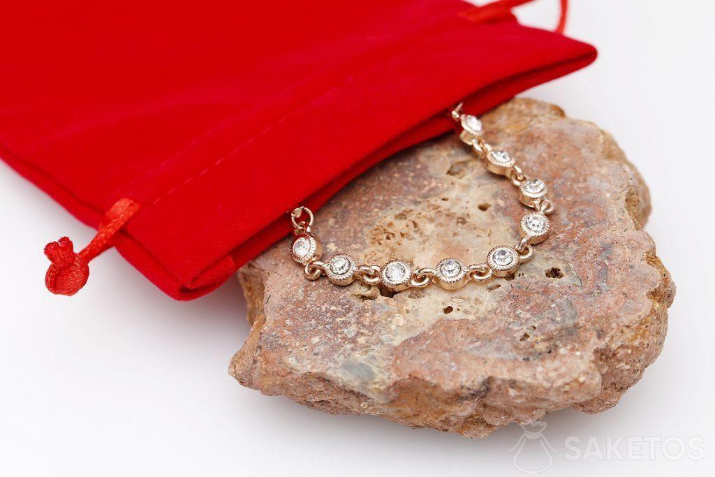 Bolsa de terciopelo roja para joyería