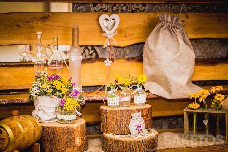Bolsas rústicas decorativas para la mesa de boda