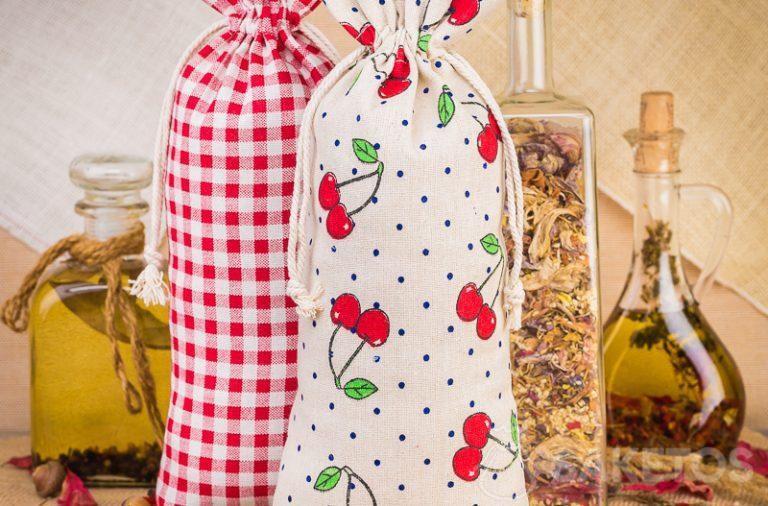 Bolsas de lino con estampado para decorar la cocina