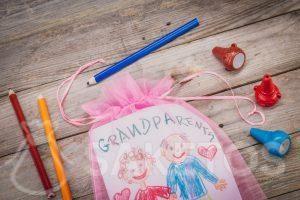 Laurel para abuelos empacados en una bolsa
