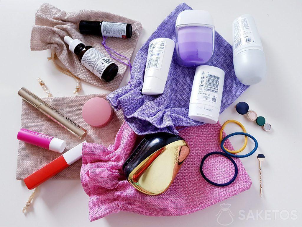 7. Bolsas para llevar cosméticos.