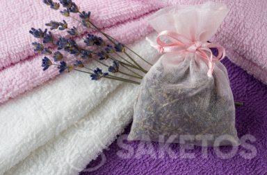 Bolsa perfumada de lavanda será una hermosa fragancia para tus toallas y protegerá contra las polillas.